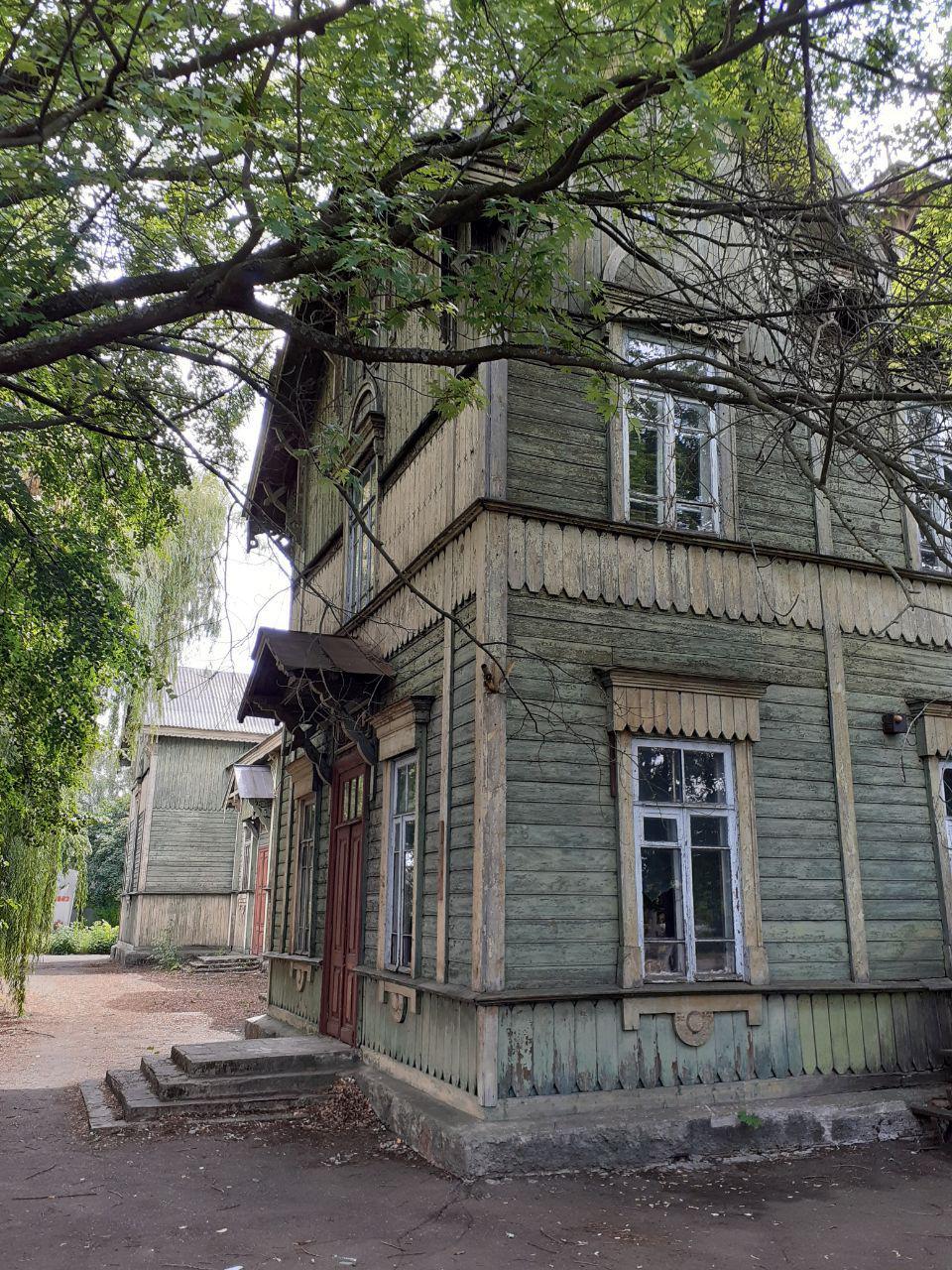 Старий вокзал Сновська. Чернігівська область, Сновський район, Сновськ